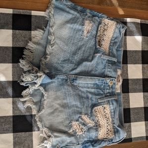 Mid rise Hollister shorts